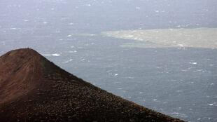 Podwodne wybuchy przebarwiły Atlantyk