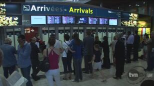 Na lotnisku Charlesa de Gaulle'a czekają rodziny zaginionych (ENEX)