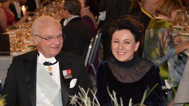 Przy stole obok króla. Olga Tokarczuk na bankiecie noblowskim