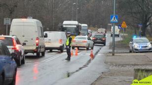Policja: potrącił pieszego i odjechał