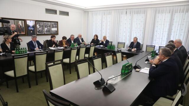 Senacka komisja chce wyjaśnień od służb.