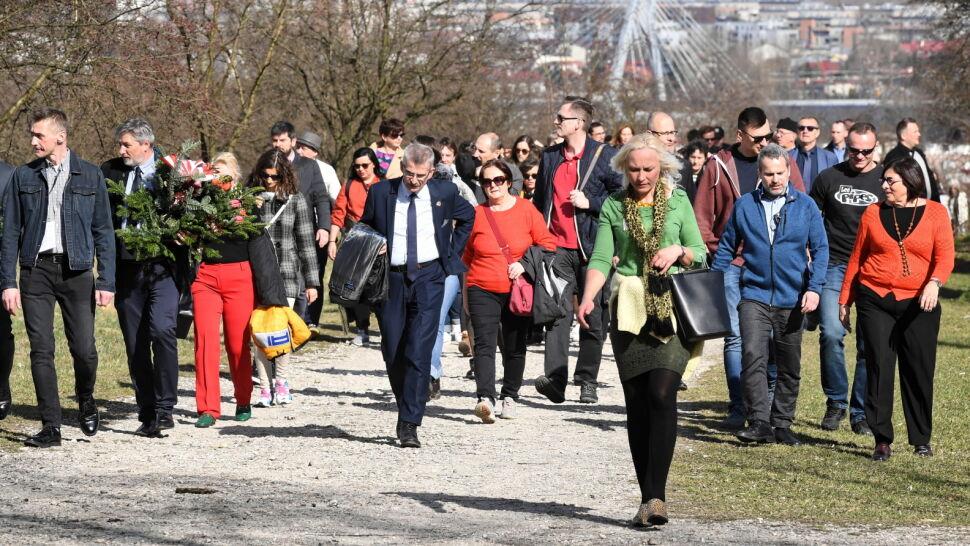 Przeszli trasą ostatnich krakowskich Żydów. Marsz pamięci w rocznicę likwidacji getta