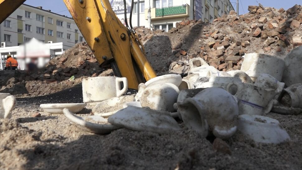 Przedwojenna piwnica i porcelanowy skarb