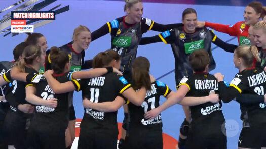 Skrót meczu Rumunia - Niemcy w pierwszej fazie grupowej ME w piłce ręcznej