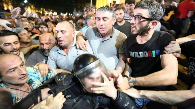 Miał nakłaniać do przemocy wobec policji. Polityk opozycji pozbawiony immunitetu