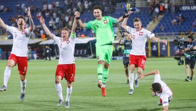 Szalona radość polskich piłkarzy po wygranej z Włochami