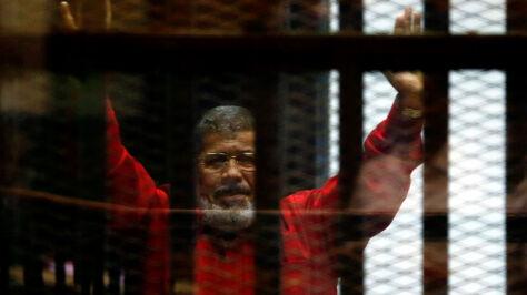 Władze mówią o ataku serca. Bractwo Muzułmańskie: śmierć byłego prezydenta  to morderstwo