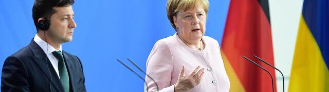 Merkel: sankcje zostaną zniesione, gdy Krym powróci do Ukrainy