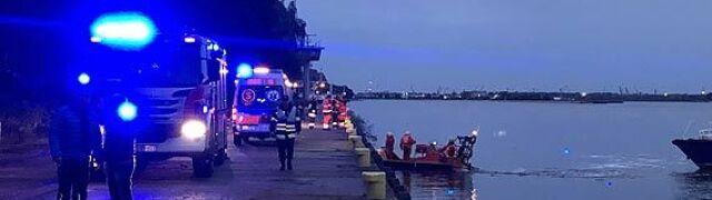 Wjechali do wody, dwie osoby nie żyją. Nowe ustalenia po wypadku w Świnoujściu