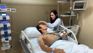 Złamania i siedmiogodzinna operacja po kraksie na Vuelcie.