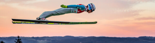 Pierwszy pechowiec letniego skakania. Groźny upadek Norwega w Wiśle