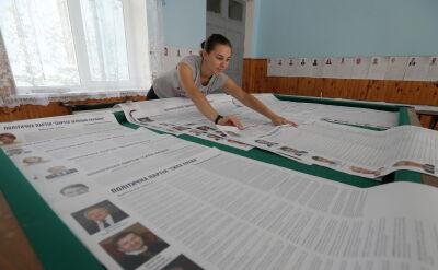 Przedterminowe wybory na Ukrainie rozpoczęły się w niedzielę