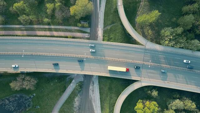 Ponad 200 kilometrów nowych dróg do końca roku. Trwa wyścig z czasem
