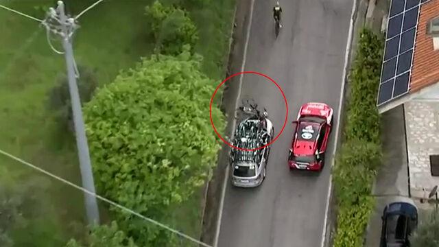 """Kolarz potrącony przez samochód rywali na Giro. """"Czy ten kierowca spał?"""""""