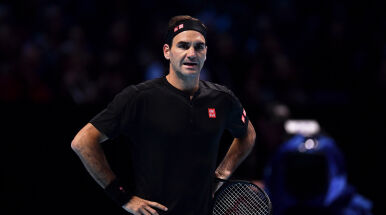 Federer rozpoczął Finały od porażki.