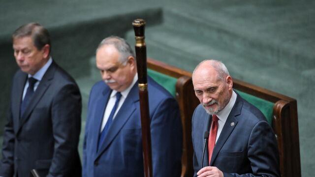 Macierewicz o szanowaniu Konstytucji, oklaski od Małgorzaty Gersdorf