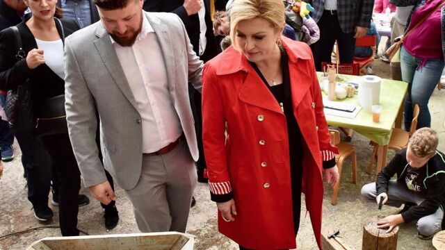 Chorwaci przed Świętami wybiorą prezydenta. Wśród chętnych mistrz tamburicy