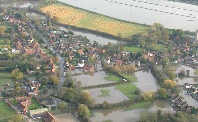 Powodzie w Anglii głownym tematem kampanii wyborczej