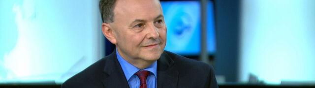 """Trzy projekty i """"księgowa sztuczka"""". Ekonomista: dlaczego rząd nie mówi tego uczciwie?"""