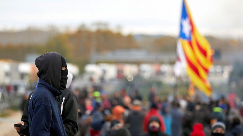 """""""Jeżeli chcą czegoś od nas, muszą usiąść do rozmów"""". Katalońskie partie odrzucają koalicję"""