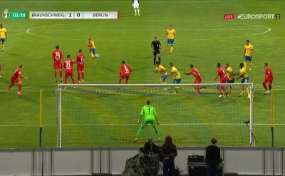 Puchar Niemiec. Eintracht Brunszwik - Hertha 1:0. Gol Martin Kobylański
