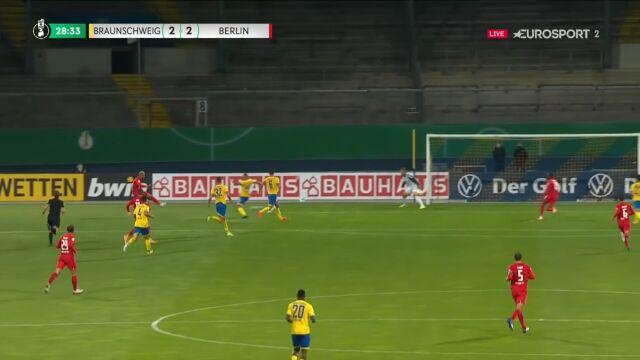Puchar Niemiec. Eintracht Brunszwik - Hertha 2:2. Gol Matheus Cunha