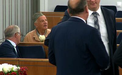 Jan Rulewski w drelichu więziennym