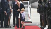Nie chciał wyjść z samolotu, stał z naburmuszoną minką