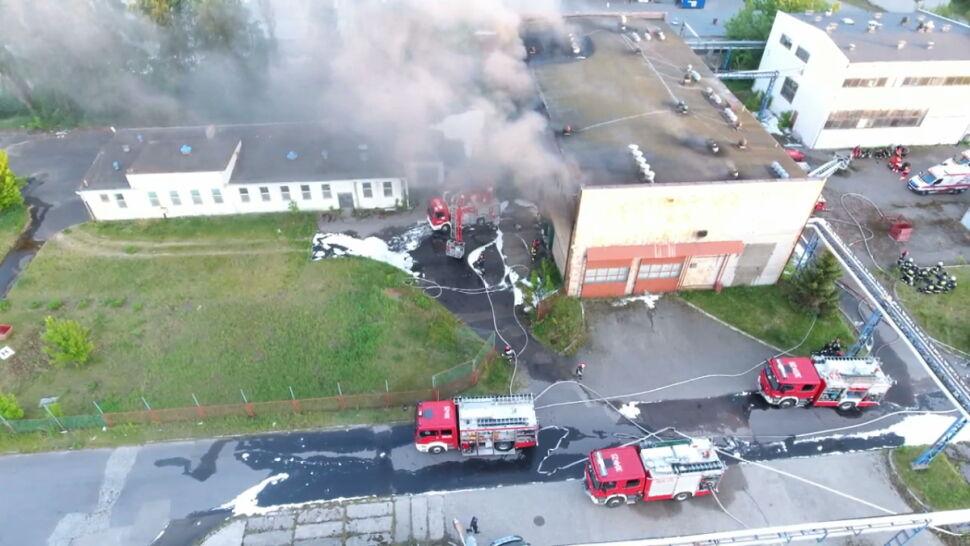 Potężny pożar, zginęło dwóch strażaków. Jest śledztwo