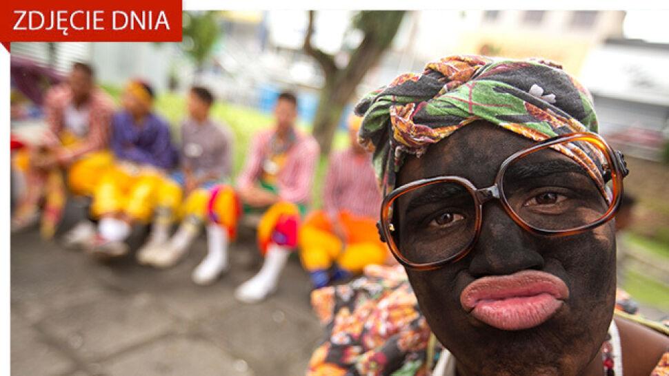 Członkowie zespołu folklorystycznego podczas 29. Festiwalu Zimowego Garanhuns w Brazylii (Joedson Alves/PAP/EPA).