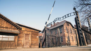 Angela Merkel to give Auschwitz 60 million euros from Germany during first visit