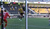 Liga norweska. Start - Stromsgodset 0:1 (gol Lars Salvesen)