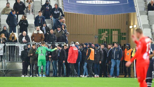 Kibice protestowali, przerwano mecz. Zamieszanie w Bordeaux