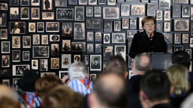 Merkel: Auschwitz to był niemiecki obóz zarządzany przez Niemców. Ważne, żeby to podkreślić