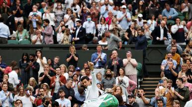Fatalny początek, później dominacja całkowita. Dwie twarze Djokovicia w Wimbledonie