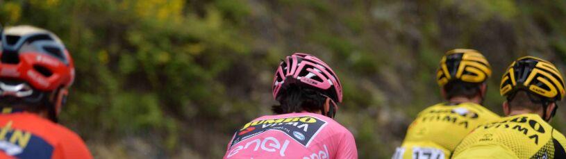 Majka się wywrócił, leżał również lider. Kraksa na początku szóstego etapu Giro