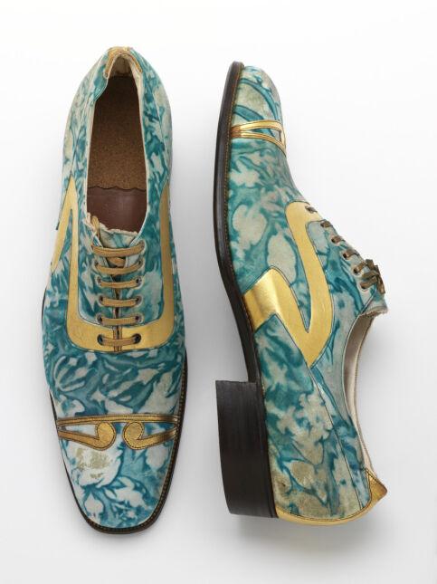 Brytyjska elegancka: w takich półbutach chodzili panowie w latach 20. XX wieku w Anglii