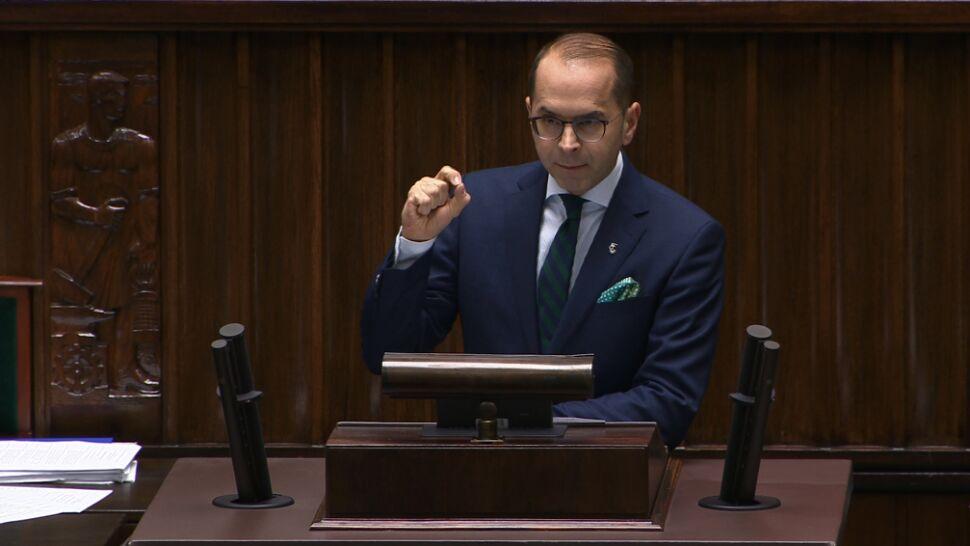 Chcą informacji premiera w sprawie PLL LOT. Marszałek: wniosek bezprzedmiotowy