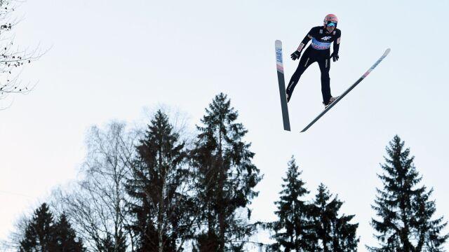 W Titisee-Neustadt wyciągnęli wnioski. Wyprodukowali śnieg, konkursy skoków zgodnie z planem