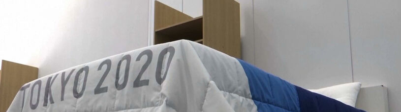 Nietypowy pomysł Japończyków. Olimpijczycy będą spać na łóżkach z kartonu