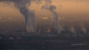 Środki na walkę ze smogiem mogą być wstrzymane