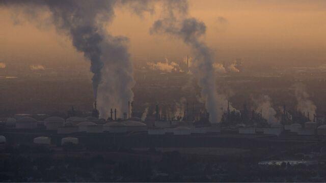 Za wolno walczymy ze smogiem. Możemy stracić unijne pieniądze
