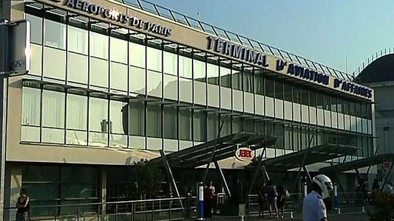 Port lotniczy Moroni