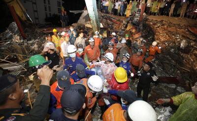 Akcja ratunkowa po zawaleniu budynku w Kambodży