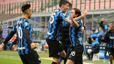 Inter nie zwalnia tempa  w wyścigu po tytuł. Szczęsny wrócił do składu