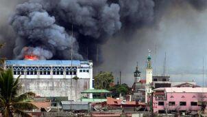Nie radzą sobie z islamistami. Duterte chce przedłużenia stanu wojennego