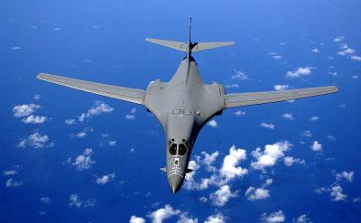 """Amerykańskie myśliwce """"gotowe"""" do misji"""