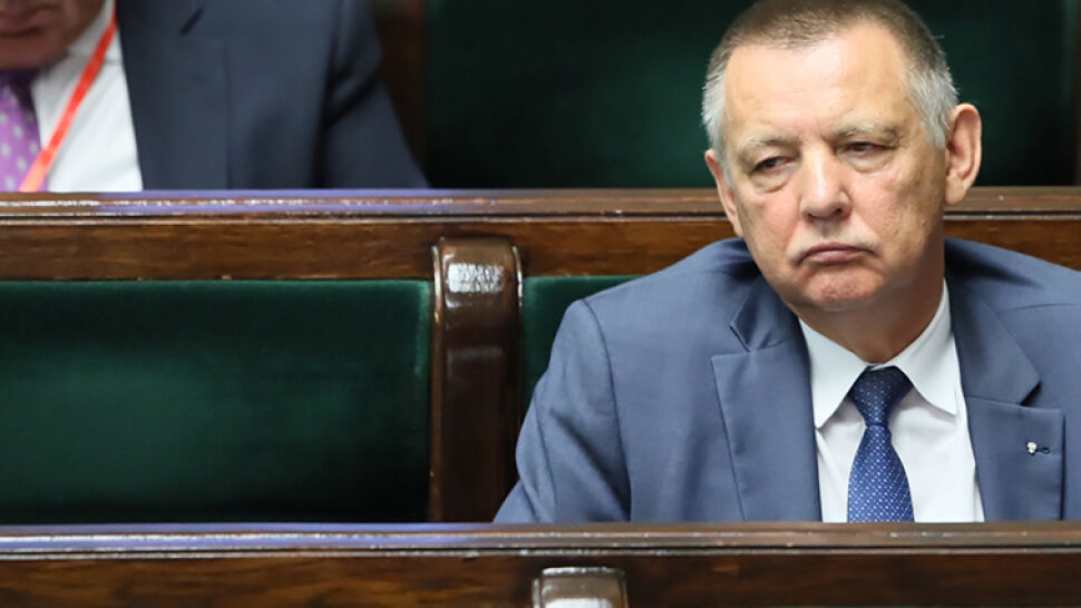 """500 złotych miesięcznie za dwie nieruchomości. """"Rzeczpospolita"""" o umowie Banasia z kombatantem AK"""