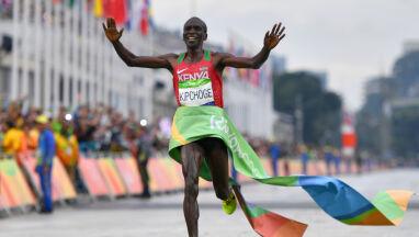 Olimpijski maraton 800 kilometrów od Tokio? Organizatorzy boją się piekielnych upałów