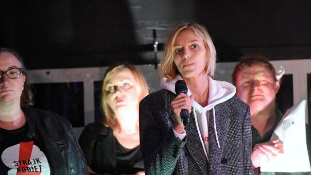 Anja Rubik protestowała przed Sejmem.